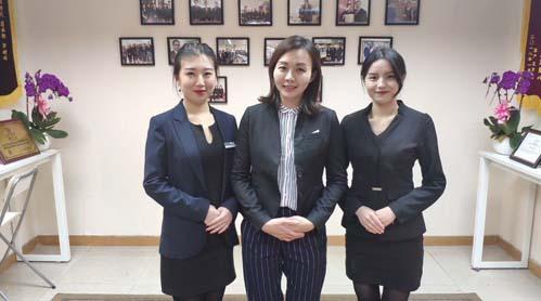 中国台湾接待处移民公司员工风采