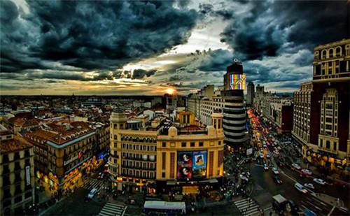 西班牙经济总量多少_西班牙经济