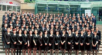 郑州移民公司员工风采