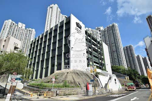 客户需自行前往集合点香港半岛酒店(地址:香港