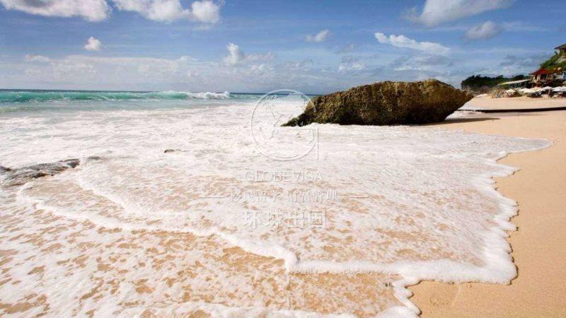 格林纳达地处北美加勒比地区向风群岛的最南端,热带海洋性